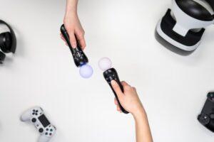 PlayStation 4 czy PS4 Pro? Xbox One S czy X?