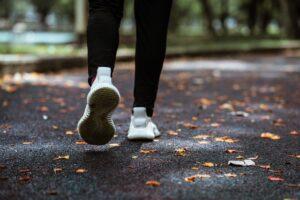 Jak dobrać buty do biegania? Odpowiednie dopasowanie!