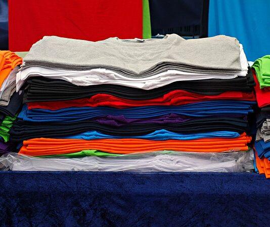 Modne męskie T-shirty z ciekawymi nadrukami
